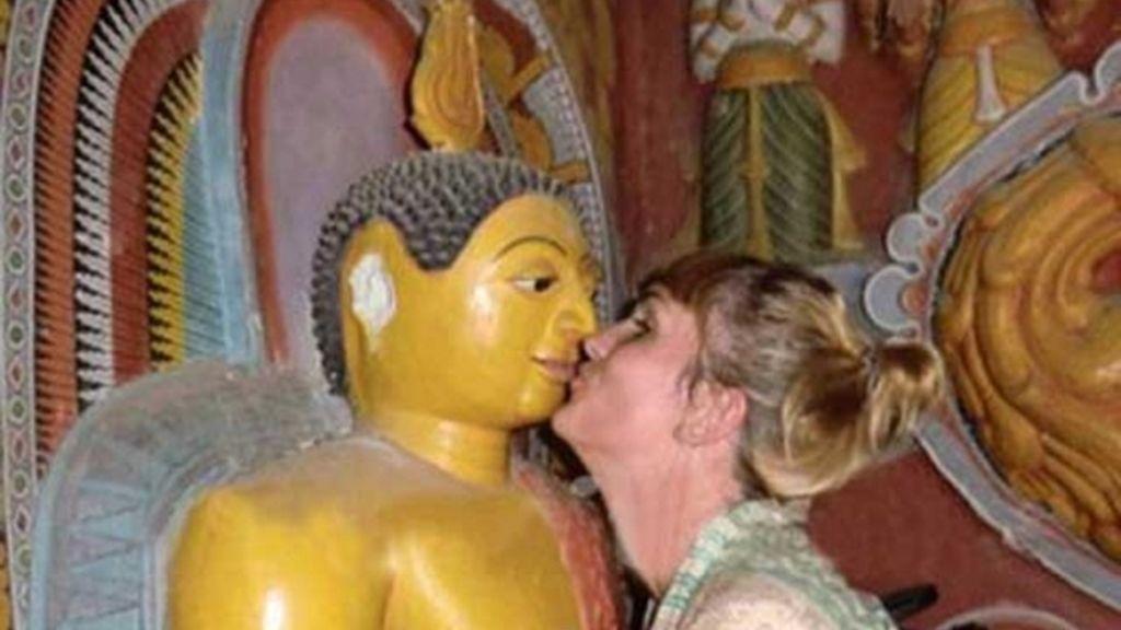 Sri Lanka,budismo,buda,turista expulsada,tatuaje ofensivo,