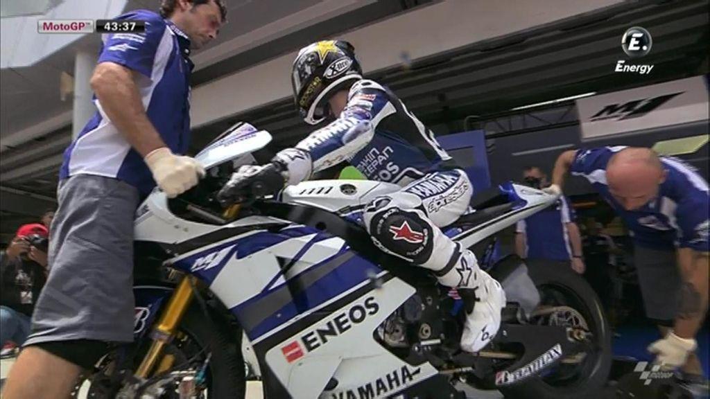 Lorenzo sale a rodar en los entrenamientos del GP de Malasia