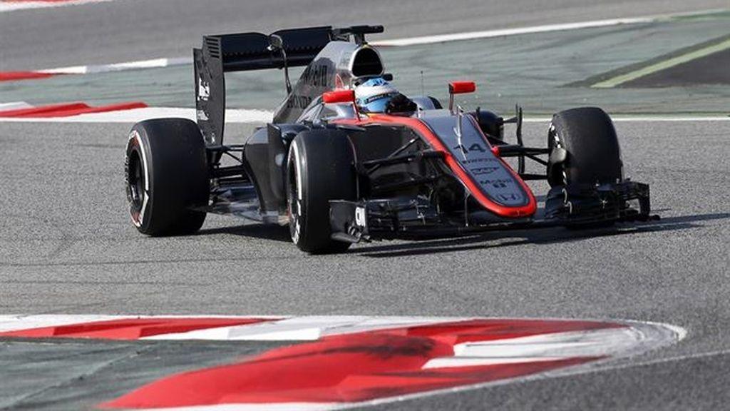 Alonso y su McLaren empiezan la reconciliación pese a quedar séptimos
