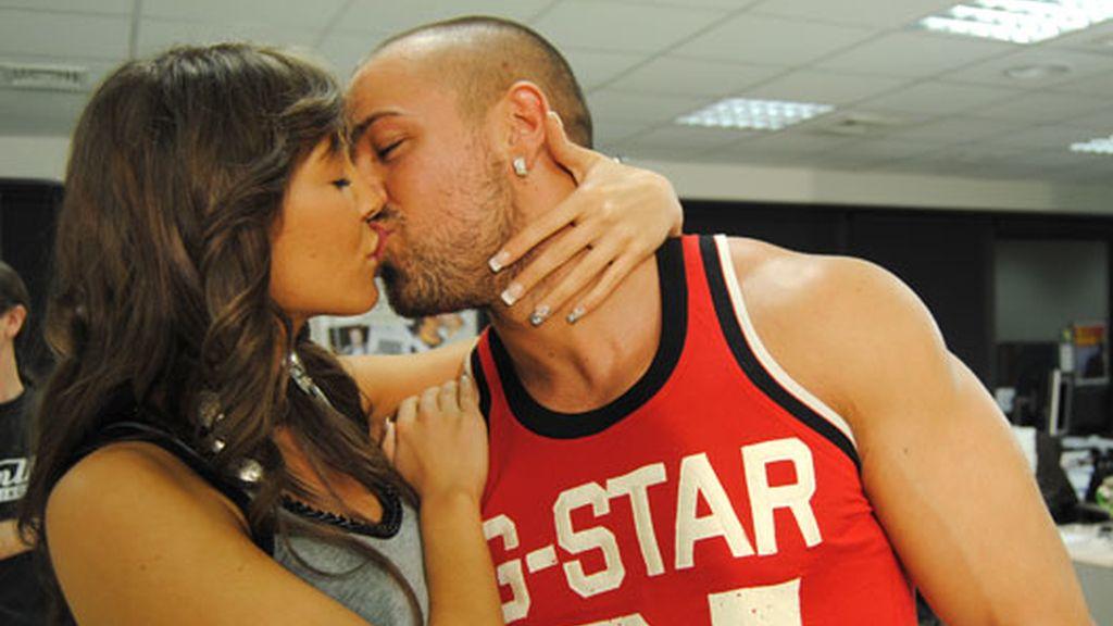 Rafa y Raquel, muestran su amor
