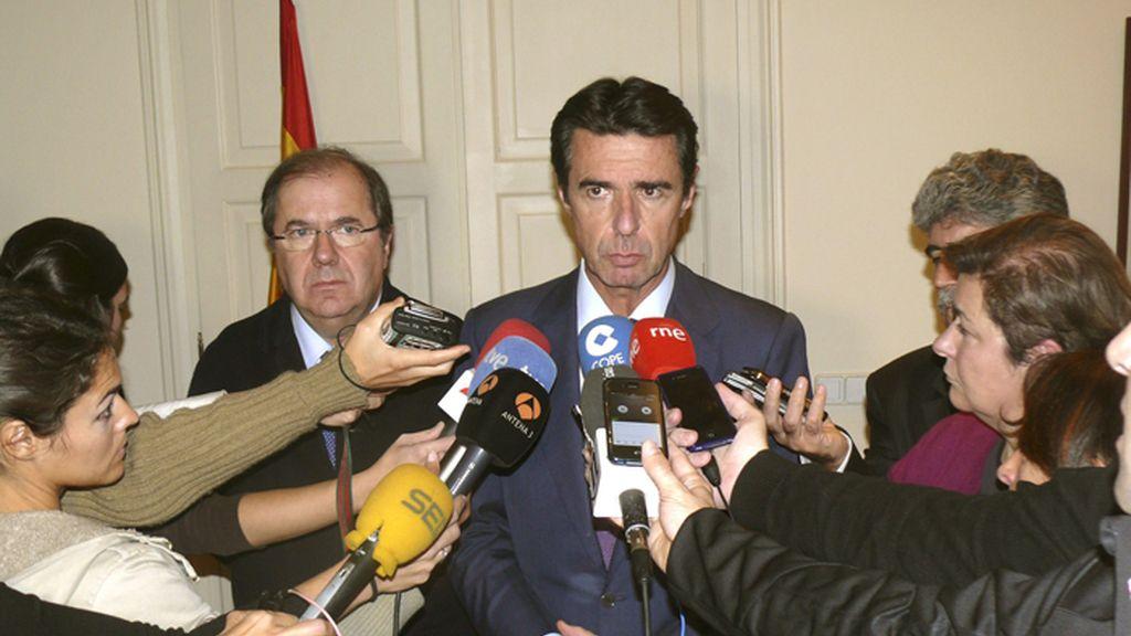 Soria viaja a León para interesarse por el accidente de la minería