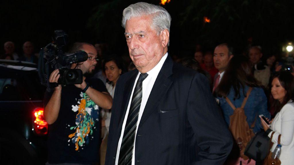 El escrito Mario Vargas Llosa, amigo de la familia