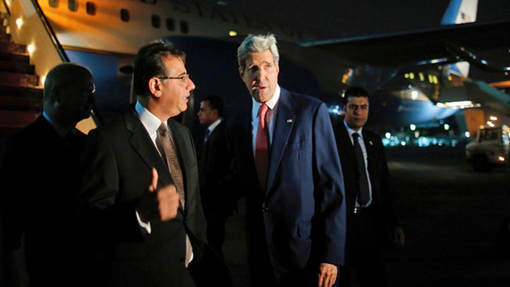 El secretario de Estado de Estados Unidos, John Kerry, ha llegado a El Cairo para intentar impulsar un alto el fuego en la Franja de Gaza
