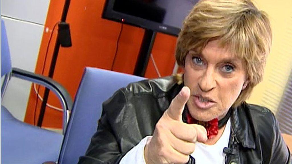 Chelo Gª Cortés aprende de su maestra, Mercedes Milá