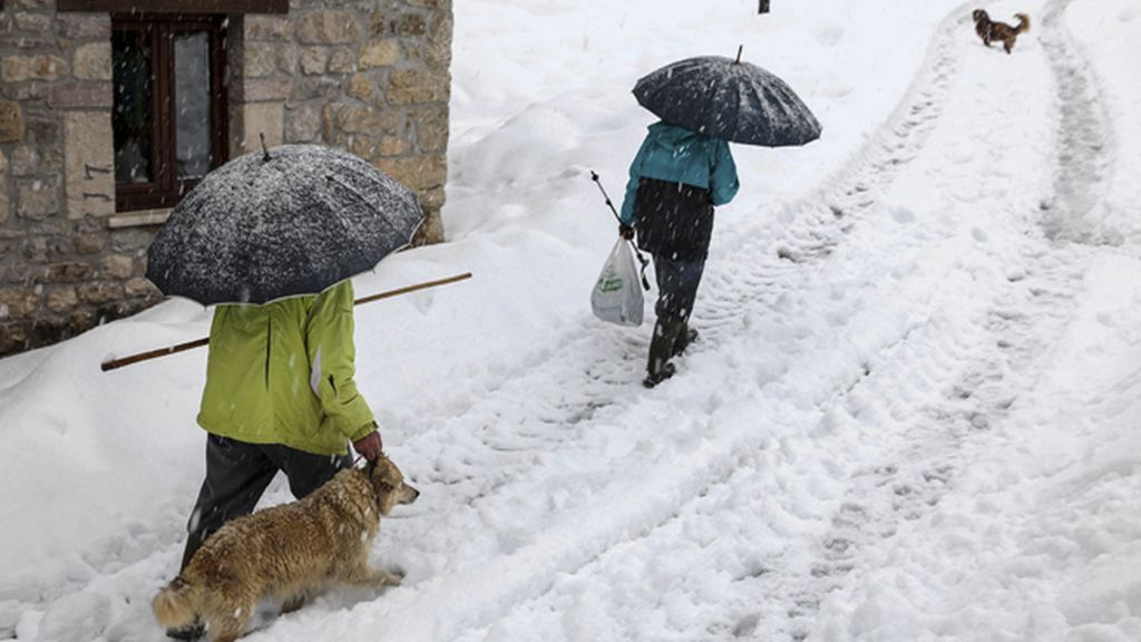 Un total de 25 provincias activan la alerta por nevadas, viento u oleaje