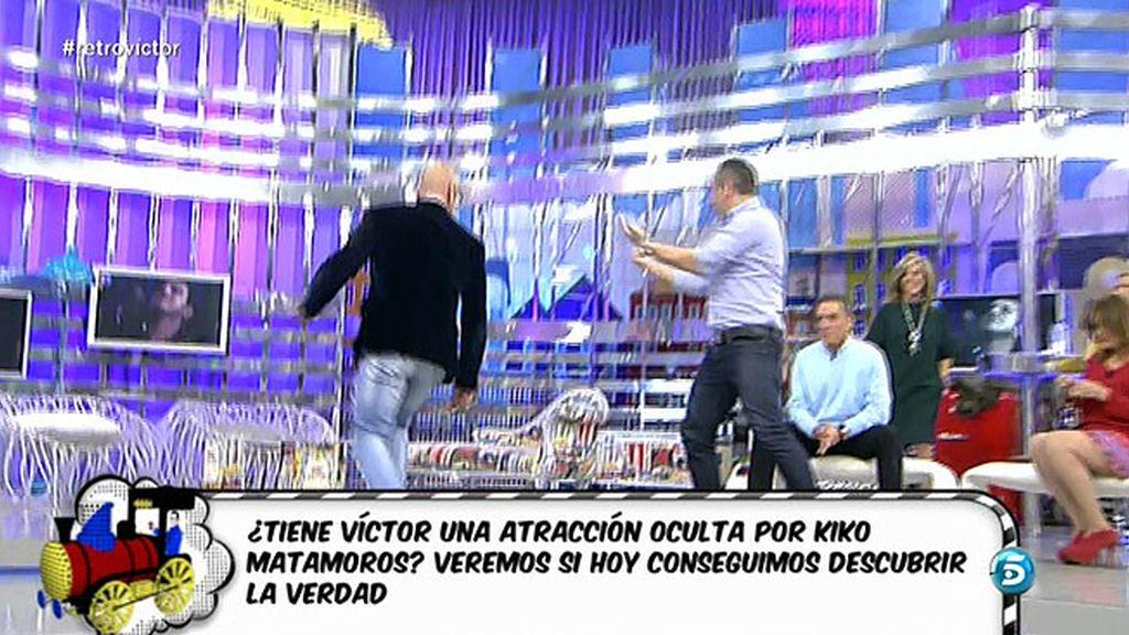 """Víctor, a Kiko: """"Tienes una cadencia en la cadera..."""""""