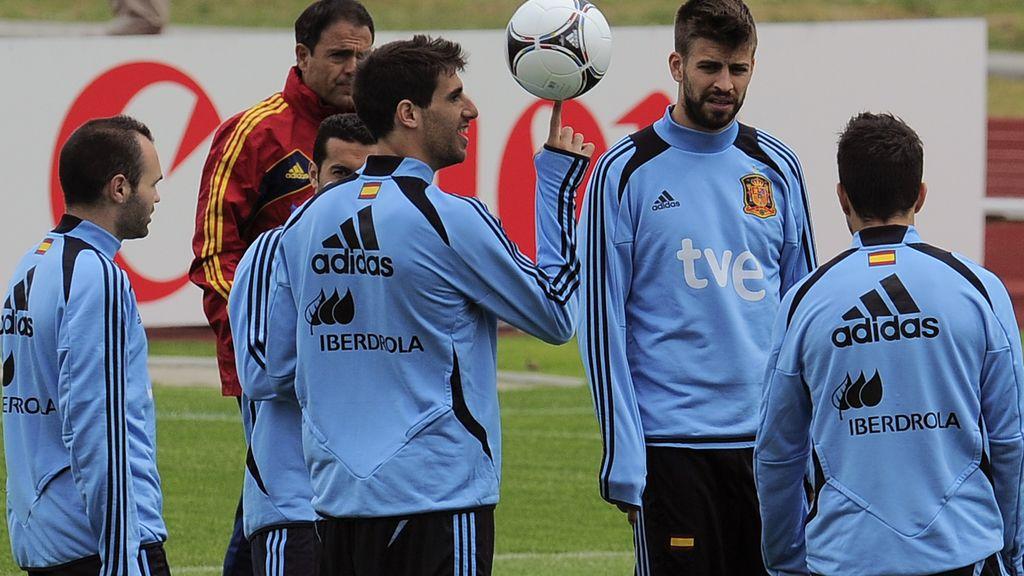 Javi Martínez en un entrenamiento de La Roja