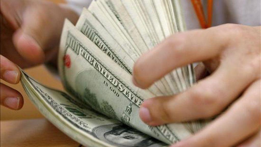 El joven gastó 15 dólares que verá multiplicados con creces, ya que, una vez deducidos los impuestos, le quedarán 88,5 millones de dólares. EFE/Archivo