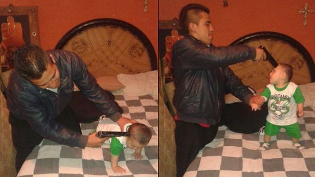Apunta con una pistola a un bebé y lo cuelga en Facebook