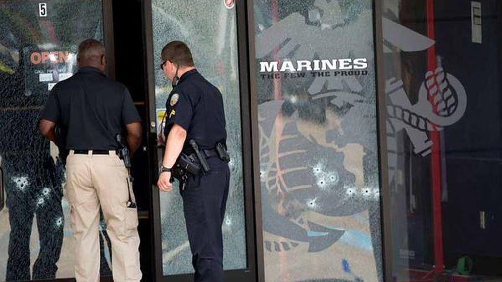 Mueren cuatro marines en un tiroteo en una base militar de Chattanooga, en Tennesee (EE. UU.)