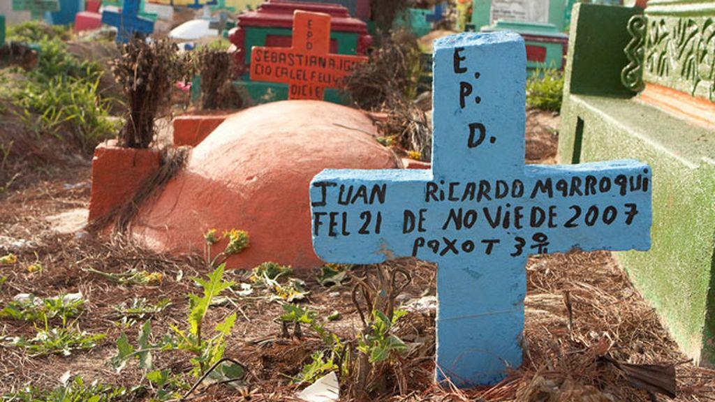 Un cementerio cargado de color en Guatemala