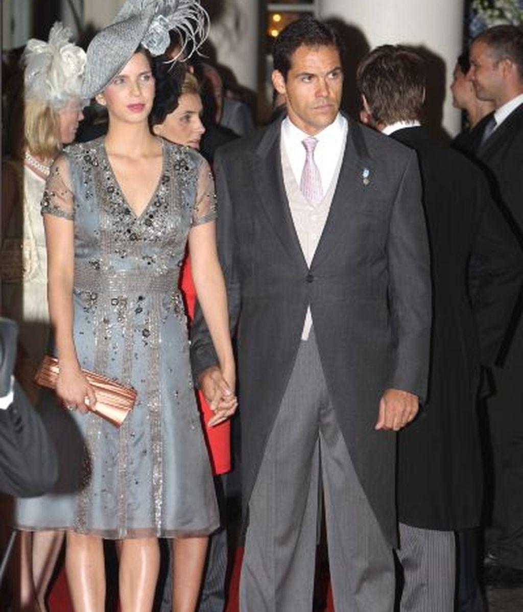 Alfonso de Borbón y su esposa, Margarita Vargas