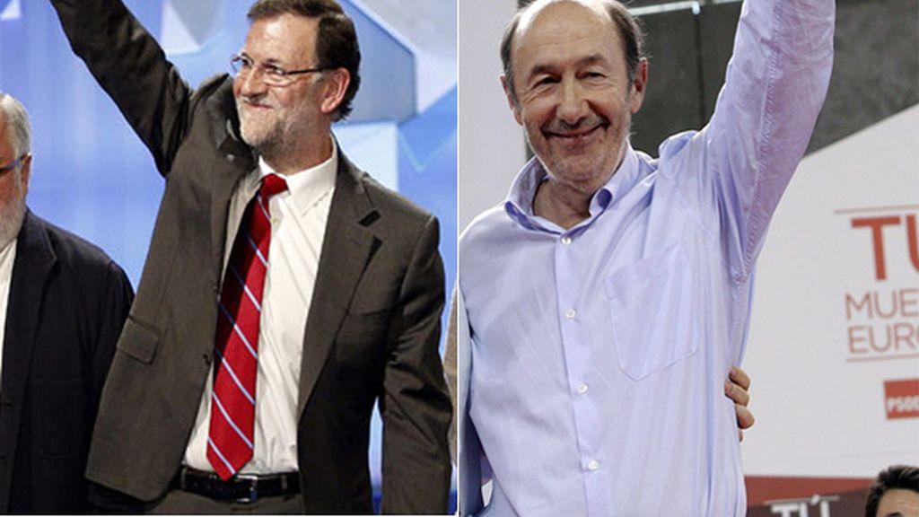 Rajoy y Rubalcaba durante sus mítines de cierre de campaña
