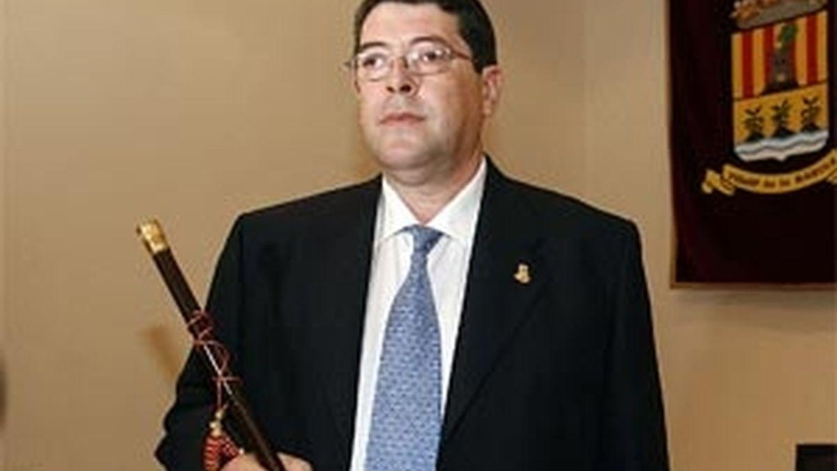 Juan Cano, alcalde de Polop, ha declarado durante toda la mañana en las dependencias judiciales. Vídeo:Informativos Teledcinco