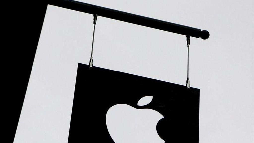 Apple obtuvo unos ingresos por ventas en los tres primeros meses del año de 24.667 millones de dólares, con un crecimiento interanual de un 82,7 por ciento, gracias a las fuertes ventas de iPhone y ordenadores Mac. EFE/Archivo