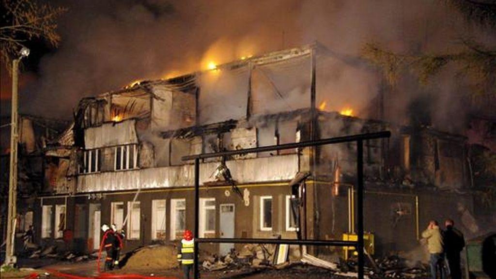 El albergue incendiado en Polonia ya había sufrido conatos de fuego anteriores. Vídeo: Informativos Telecinco