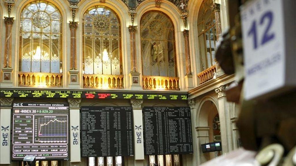 Vista del interior de la Bolsa de Madrid hoy. EFE