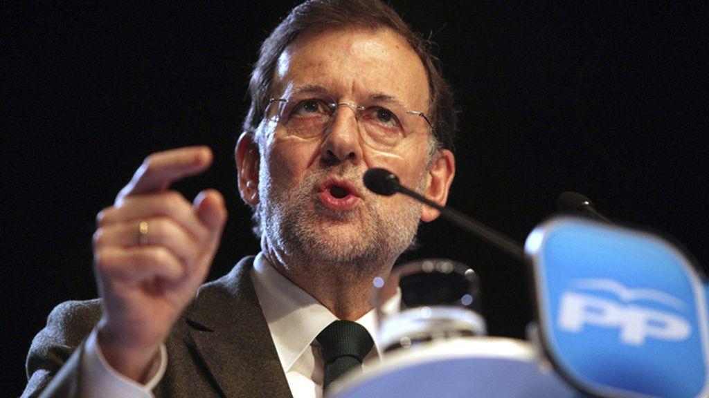 El presidente del Gobierno, Mariano Rajoy, espera anunciar este lunes la paralización temporal de los desahucios para los más desfavorecidos