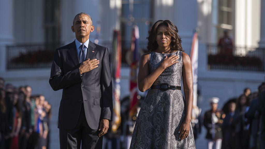 Barack Obama y su mujer rinden homenaje a las víctimas del 11S