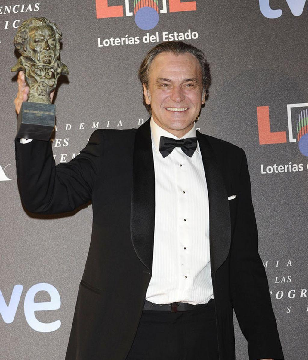 Los chicos en la gala: ¡Los españoles no sabemos llevar esmoquin!