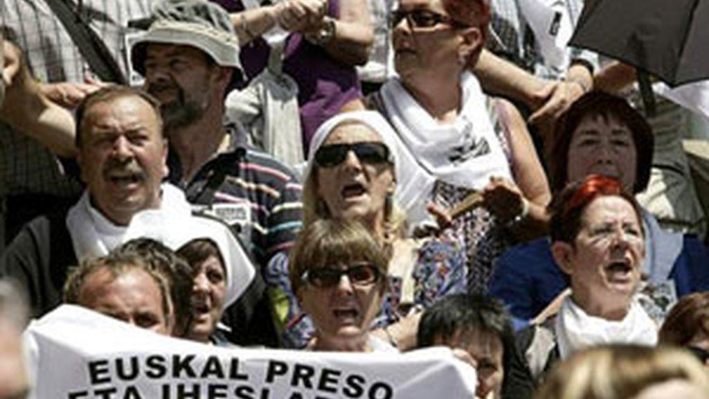 Manifestación por la reagrupación de los presos de ETA. Foto. EFE / Archivo