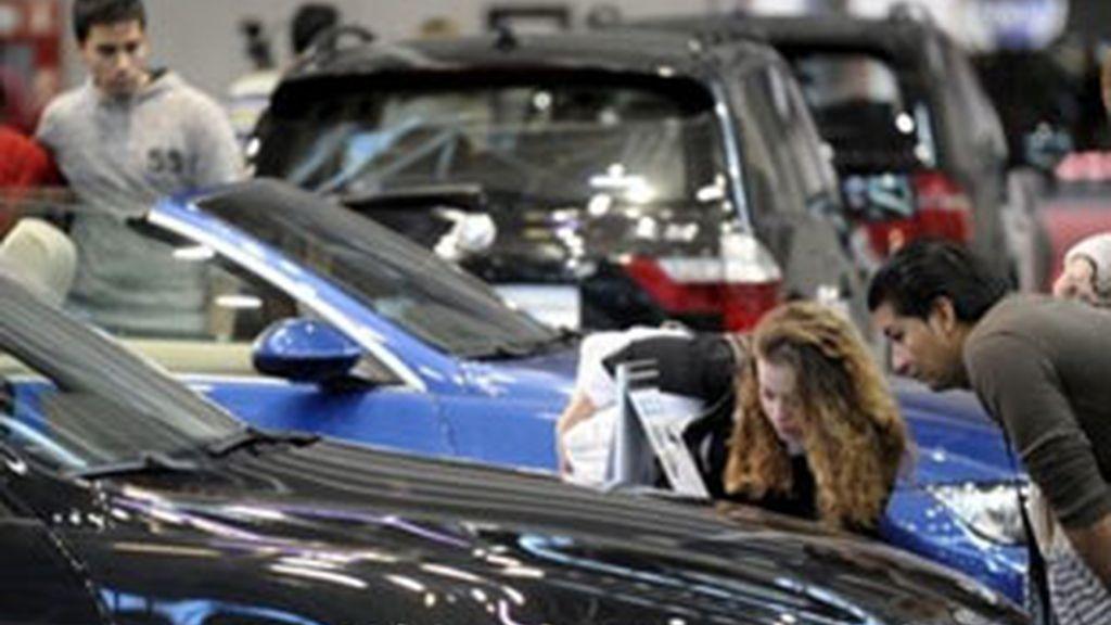 La venta de coches cae en julio según datos del sector.