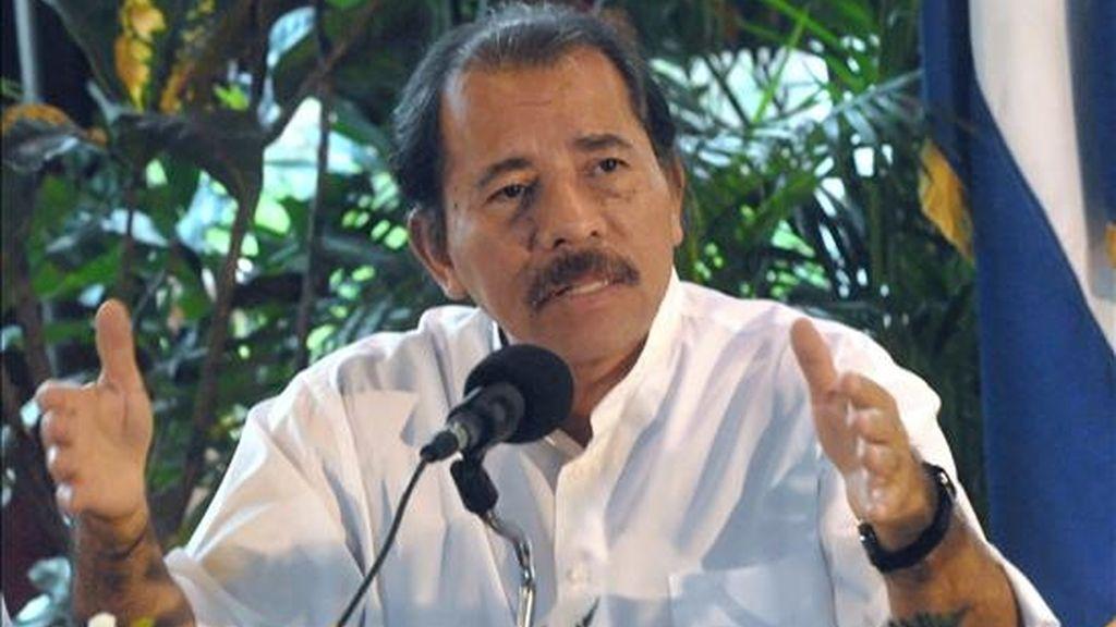 El presidente nicaragüense hizo estas declaraciones durante una visita a una zona del norte de Nicaragua que el martes fue afectada por temblores. EFE/Archivo