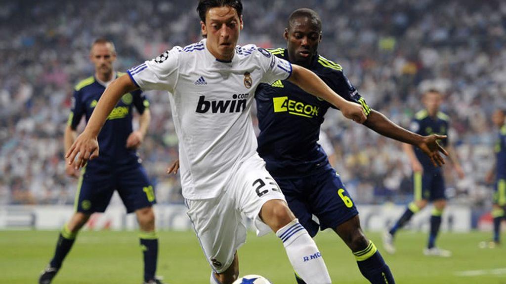 Özil confía en el juego del equipo