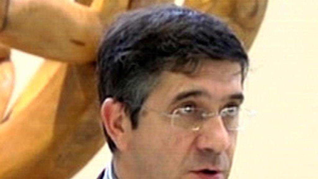 Los sicialistas vascos desmienten cualquier comunicación con ETA
