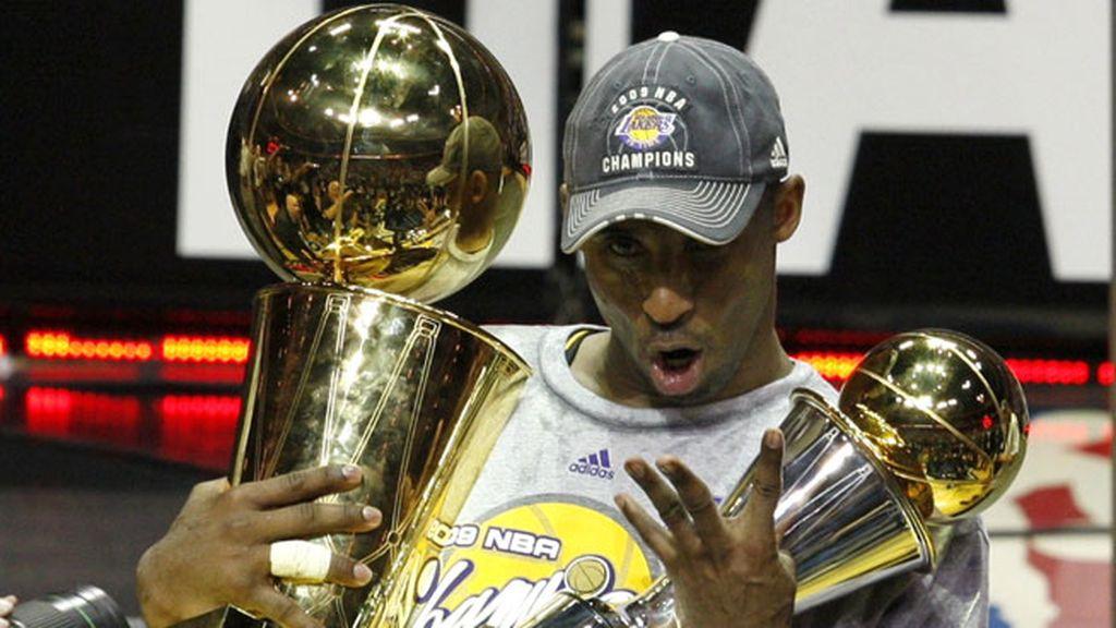 En la temporada 2008/2009 ganó su cuarto anillo y fue el MVP de las finales
