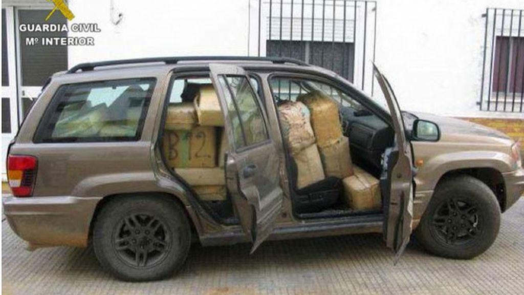 Así transportaba una tonelada de hachís cuando lo detuvo la policía