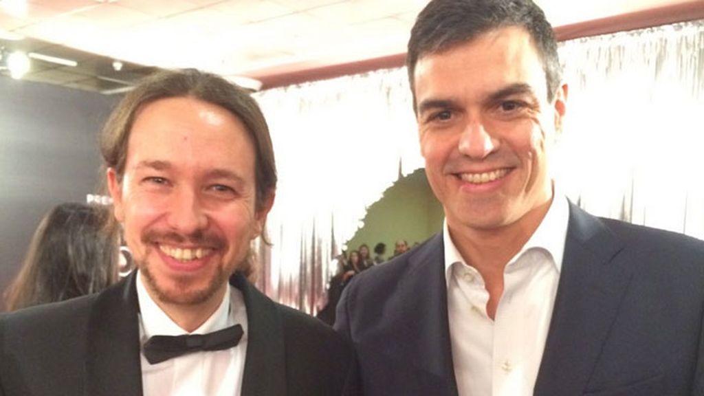Pablo Iglesias y Pedro Sánchez han posado juntos