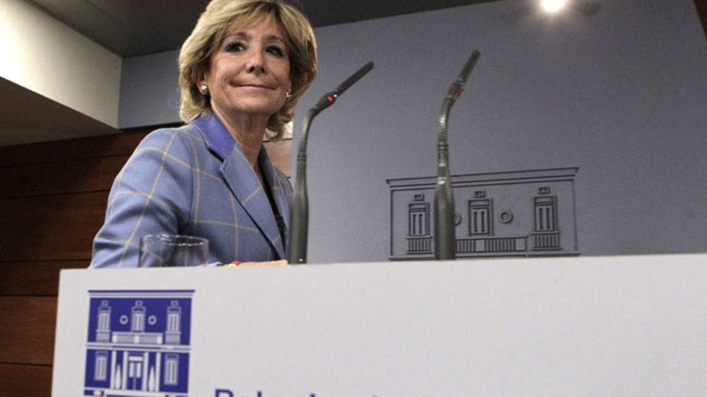 La presidenta de la Comunidad de Madrid, Esperanza Aguirre, en el palacio de la Moncloa.