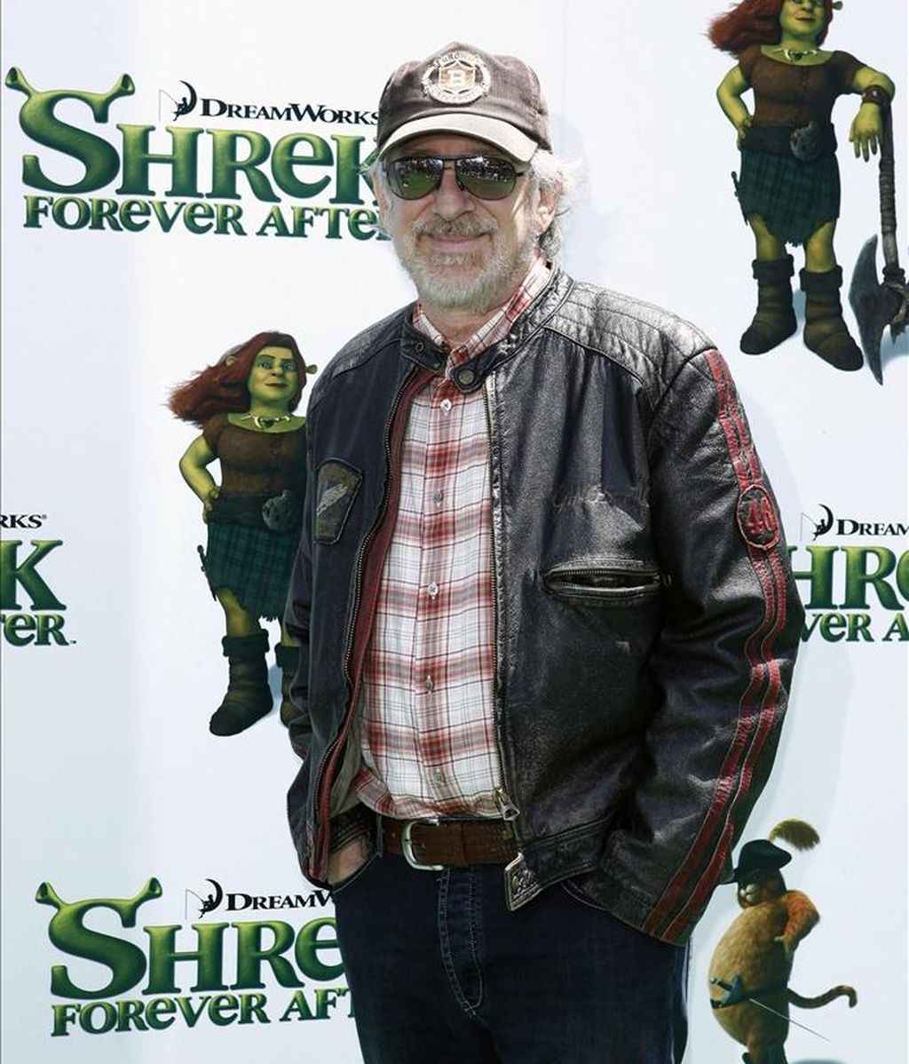 """Imagen del director estadounidense Steven Spielberg en el estreno de la película de Dreamworks Animation """"Shrek Forever After"""" EFE/Archivo"""