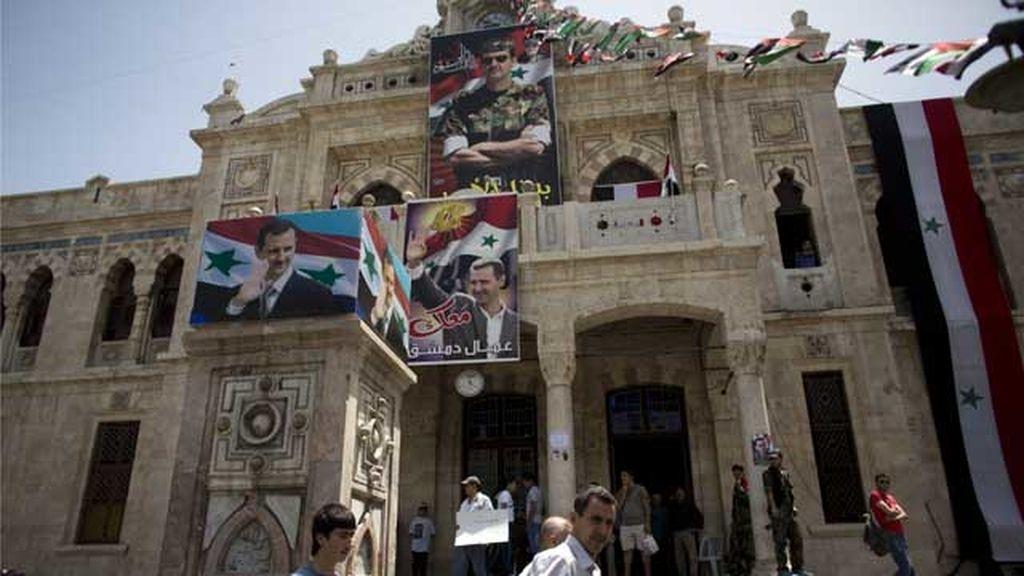 El régimen sirio entrega la totalidad de su arsenal químico