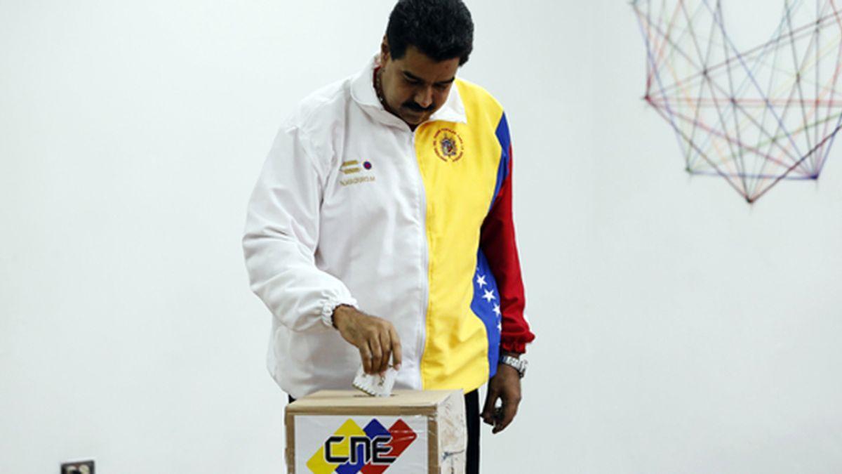 """Maduro pide el apoyo """"de todo el país"""" para """"garantizar la paz"""""""