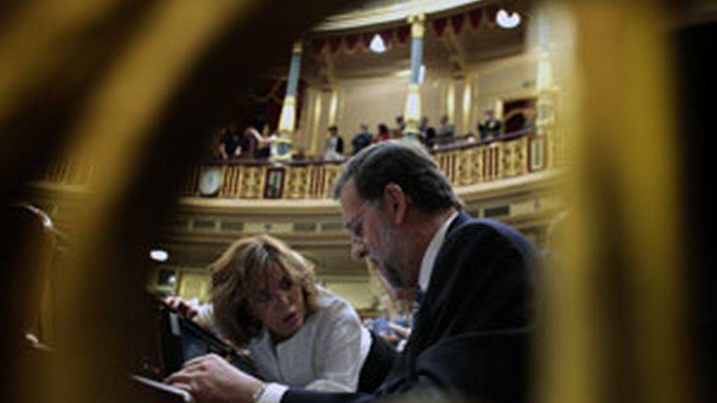 """El diputado del PSOE por Barcelona Joan Canongia reconoció haber llamado """"cabezón"""" al presidente del PP. Vídeo: Informativos Telecinco."""