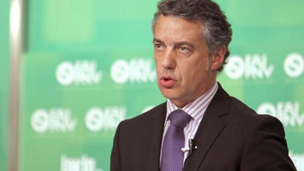 El presidente del PNV, Iñigo Urkullu, durante su comparecencia sin preguntas ante la prensa
