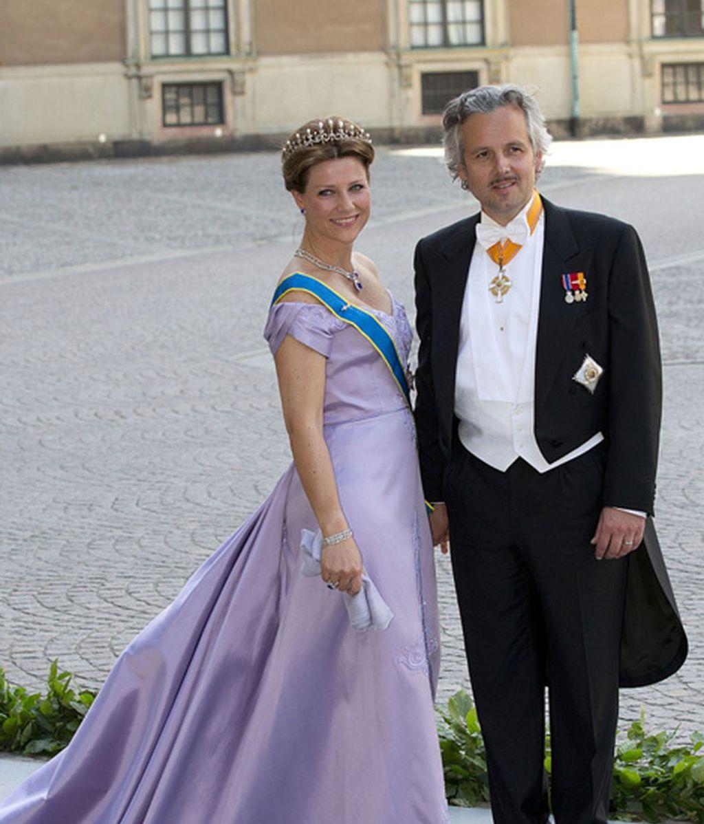 Marta Luisa de Noruega y su marido