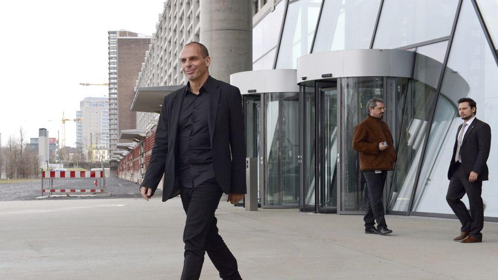 Draghi insta a Grecia a alcanzar un acuerdo con el Eurogrupo para la estabilidad financiera