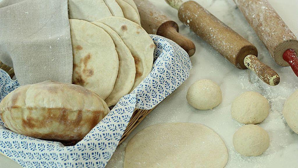 Pan pita pitando