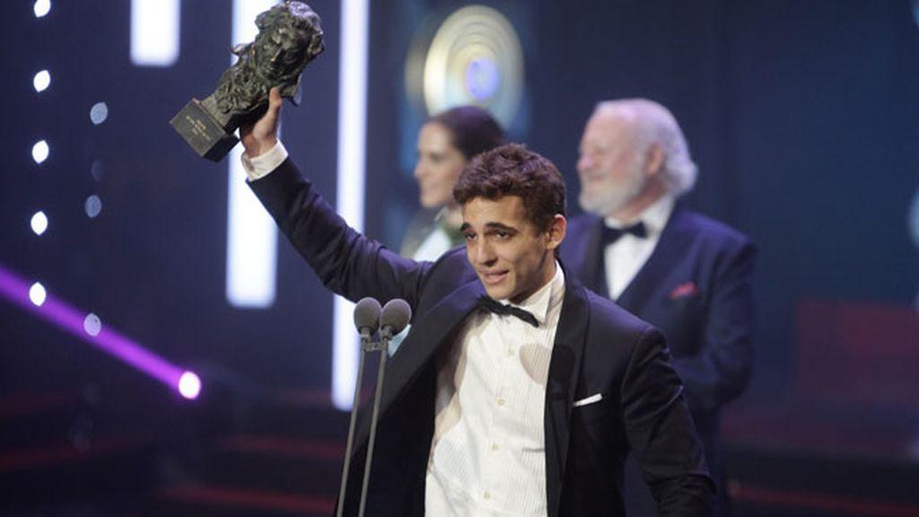 """Miguel Herrán, Mejor Actor Revelación a Daniel Guzmán: """"Me has dado una vida nueva"""""""