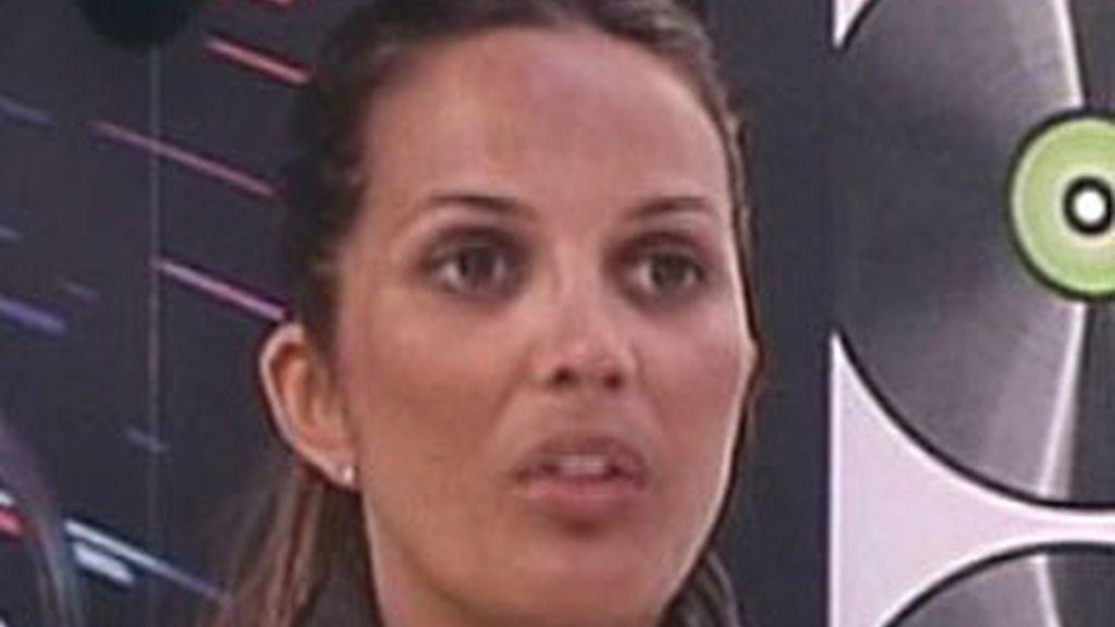 Marta López, preocupada por su marido.