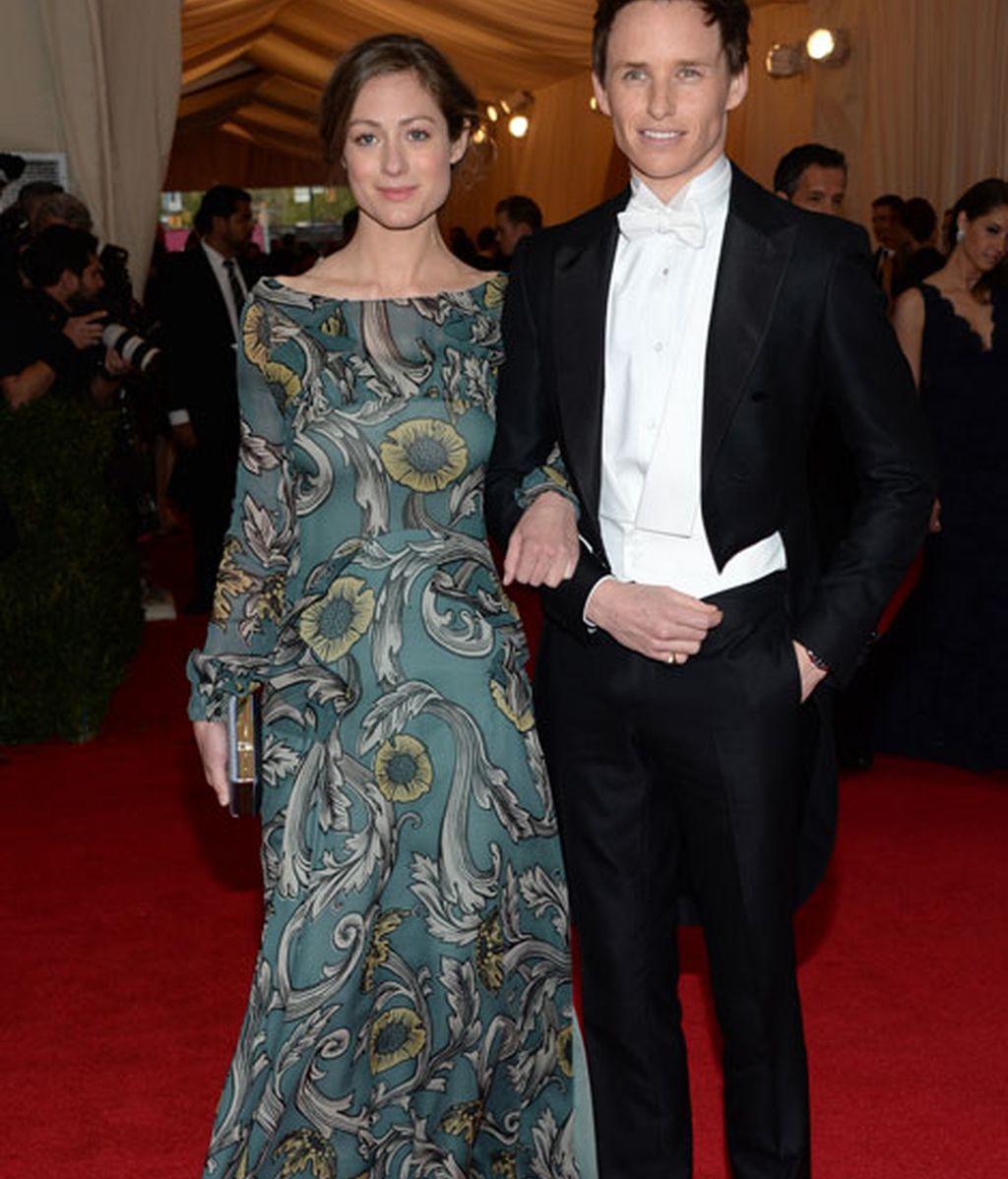 Eddie Redmayne y su novia Hannah Bagshawe