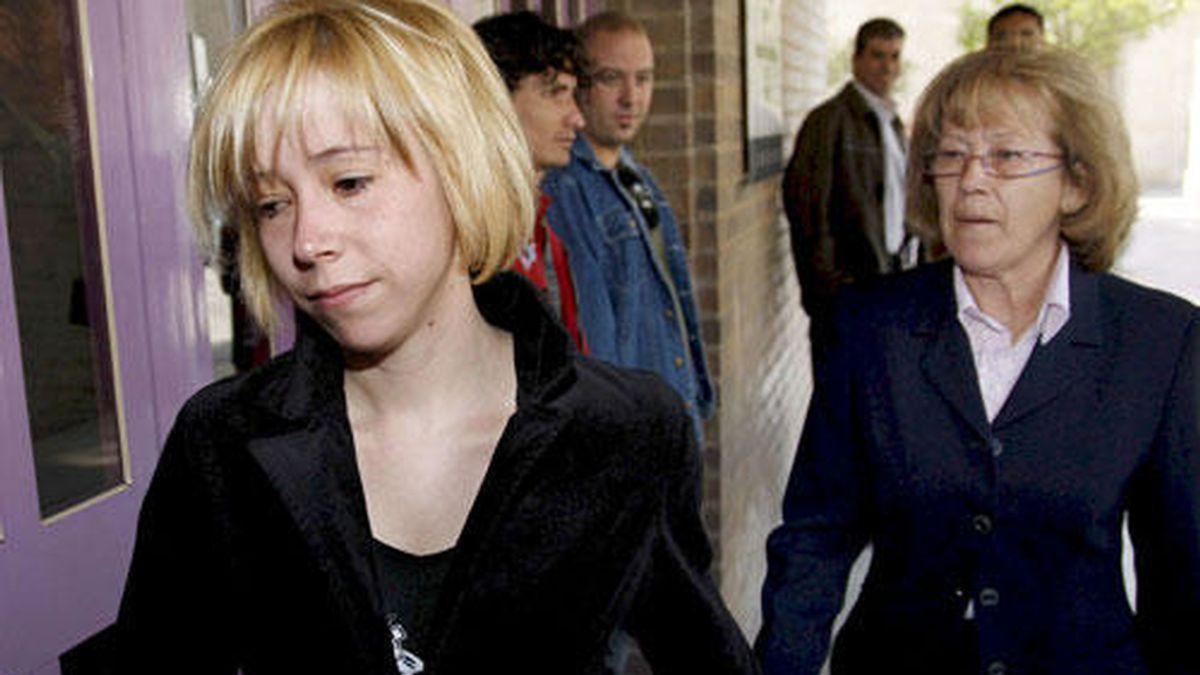 Ordenan prisión a la mujer que quemó al violador de su hija