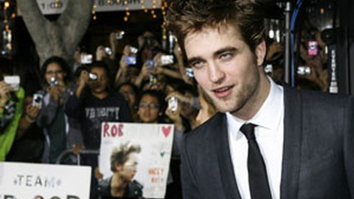 Pattinson durante la premiere de 'Luna Nueva' en Los Ángeles. Foto:Reuters