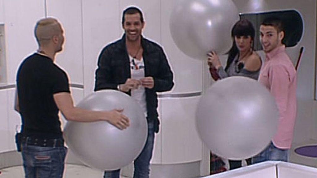 Óscar 'regresa' a la casa de 'GH'
