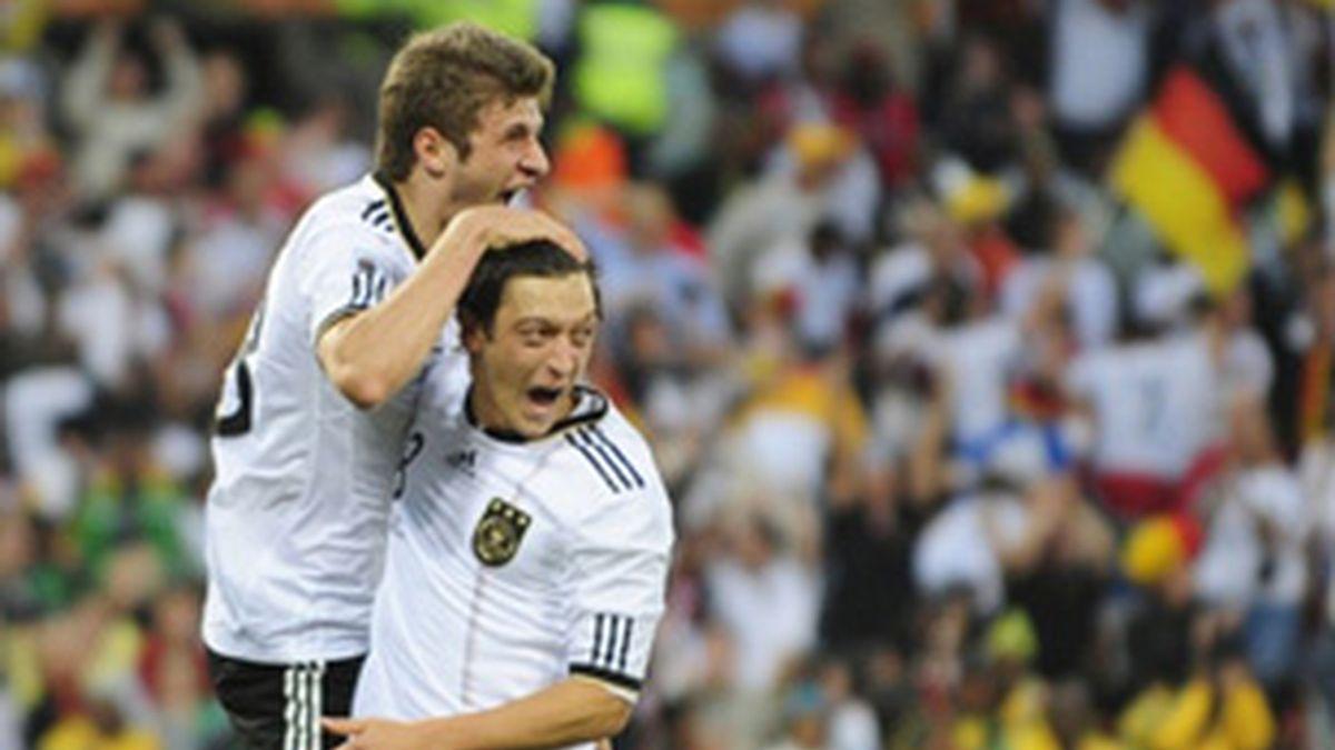 Alemania y Argentina presentan sus credenciales al título