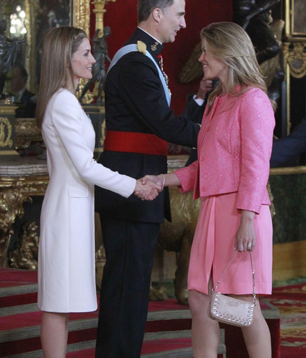 Cristina Valls, vestida de rosa