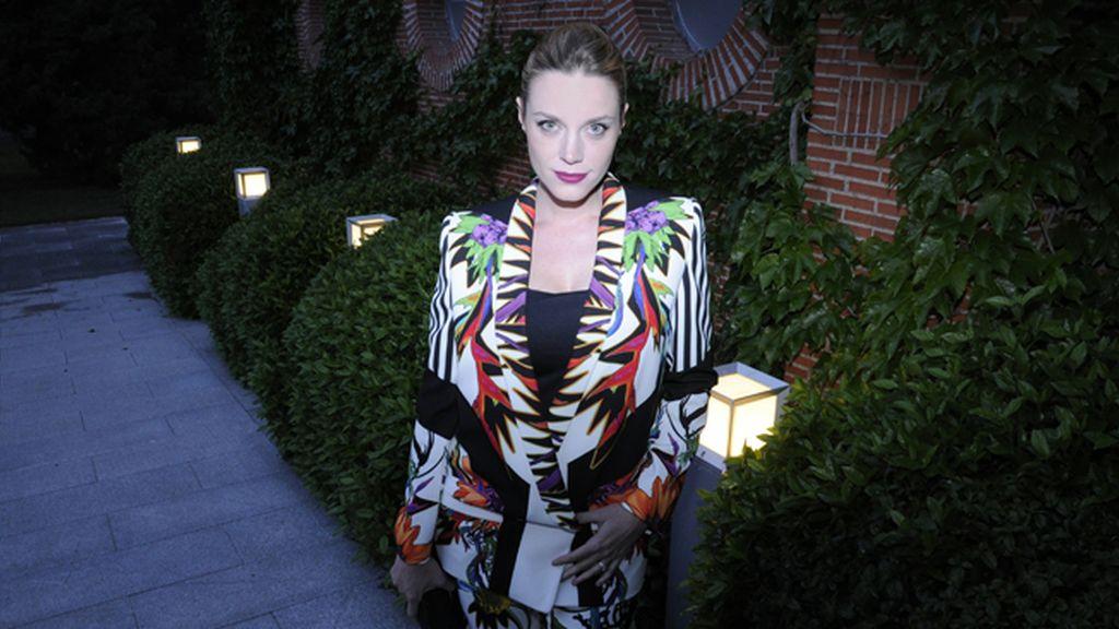 La actriz Carolina Bang con un espectacular traje de Just Cavalli